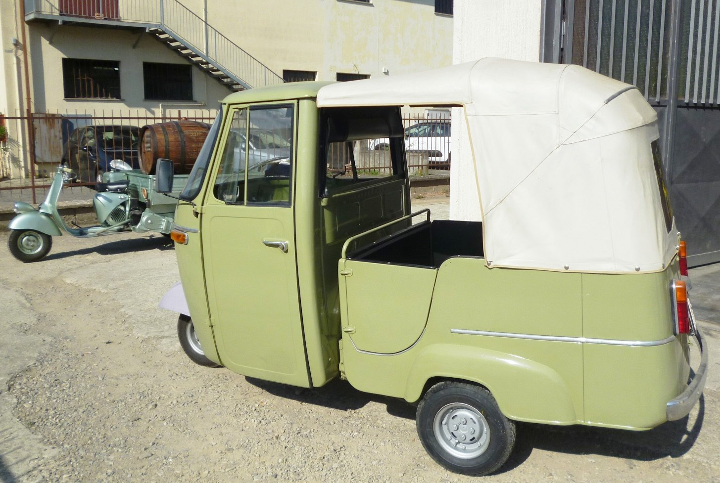 1968 Piaggio Ape D-AD2 For Sale (picture 1 of 6)
