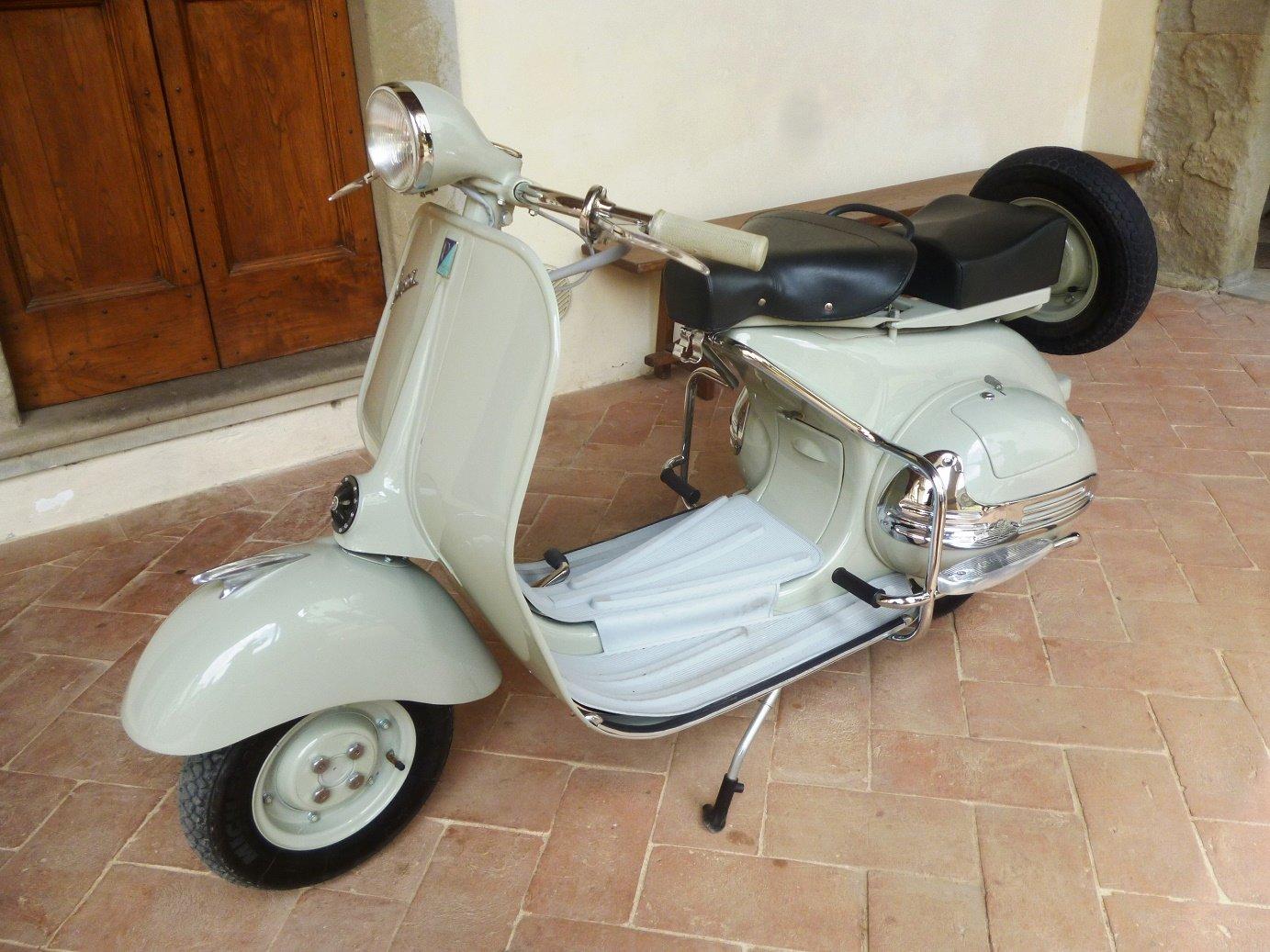 1955 Vespa VL 1 Struzzo For Sale (picture 1 of 6)