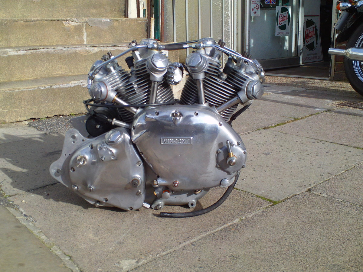1952 VINCENT RAPIDE  ENGINE For Sale (picture 1 of 6)