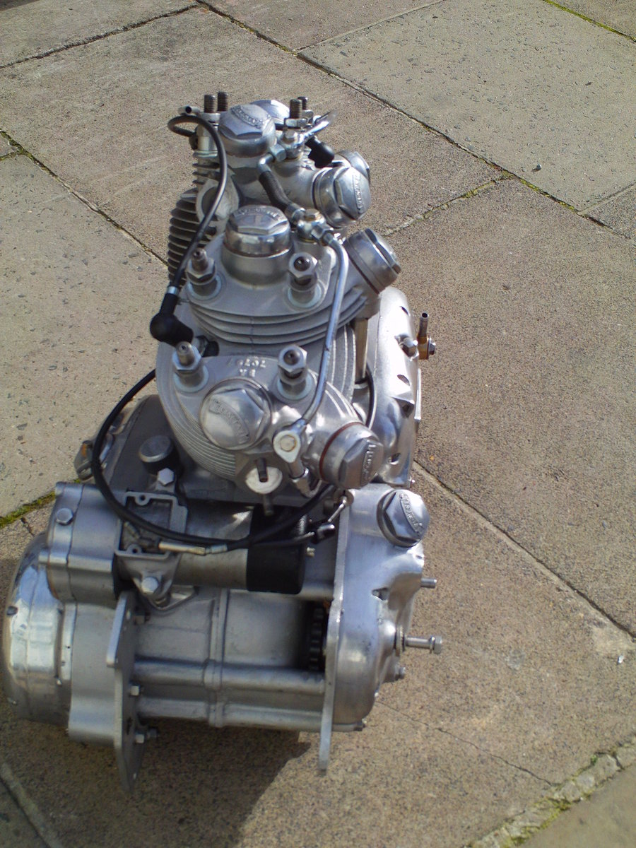 1952 VINCENT RAPIDE  ENGINE For Sale (picture 5 of 6)