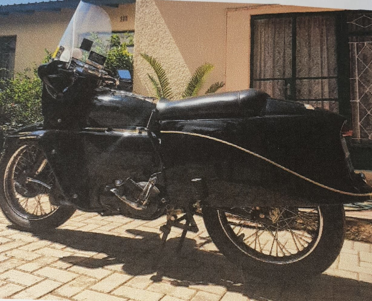 1955 Vincent Black Prince , 1 of 132 in the world For Sale (picture 1 of 6)