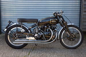 1950 Vincent Rapide - Lightning Replica