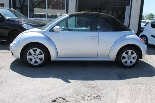 2007 VOLKSWAGEN BEETLE 1.6 LUNA 8V 2DR SOLD (picture 2 of 6)
