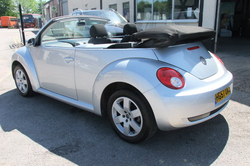 2007 VOLKSWAGEN BEETLE 1.6 LUNA 8V 2DR SOLD (picture 3 of 6)