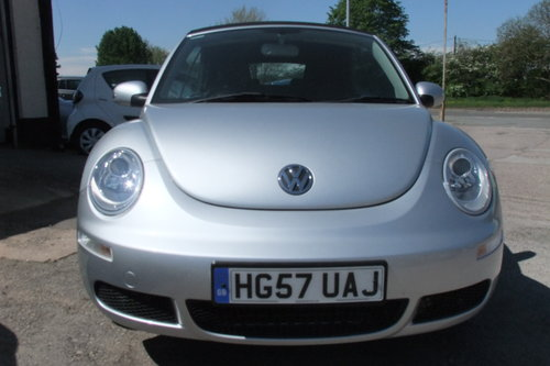 2007 VOLKSWAGEN BEETLE 1.6 LUNA 8V 2DR SOLD (picture 4 of 6)