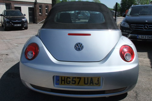 2007 VOLKSWAGEN BEETLE 1.6 LUNA 8V 2DR SOLD (picture 5 of 6)