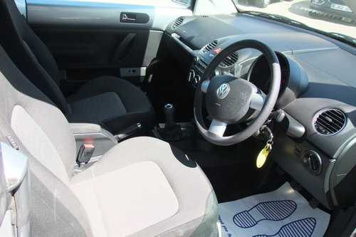 2007 VOLKSWAGEN BEETLE 1.6 LUNA 8V 2DR SOLD (picture 6 of 6)