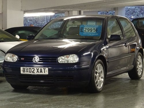 2002 Volkswagen Golf 2.3 VR5 3dr For Sale (picture 2 of 6)
