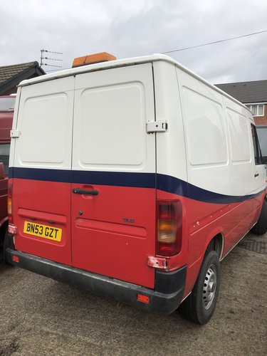2004 Volkswagen LT 2.5TD SWB MOT Nov £1495 + VAT OR OFFERS For Sale (picture 2 of 4)