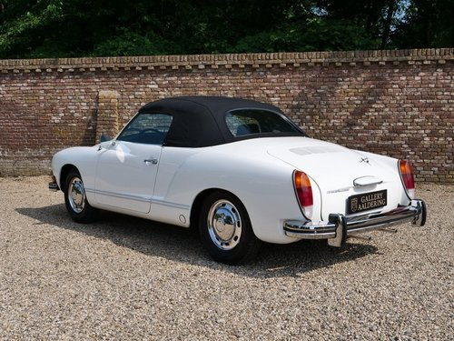 1974 Volkswagen Karmann Ghia, concours condition! For Sale (picture 2 of 6)