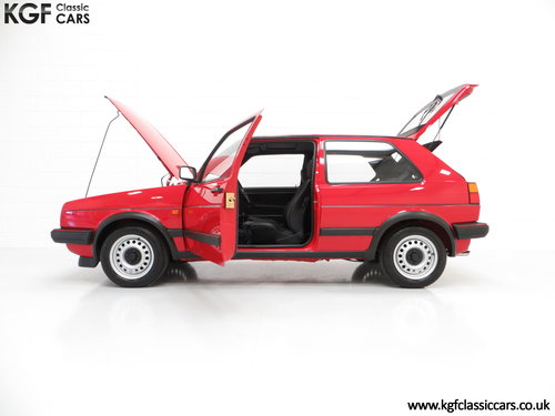 1989 A Multiple Concours Winning VW Golf GTi 8v 3dr SOLD (picture 3 of 6)