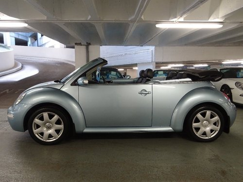 2003 Volkswagen Beetle 2.0 Cabriolet 2dr FULL LEATHER INT For Sale (picture 2 of 6)