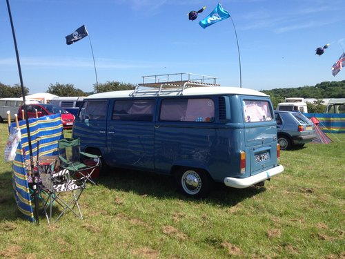 1971 Classic RHD Bay Window walk through Campervan For Sale (picture 1 of 4)