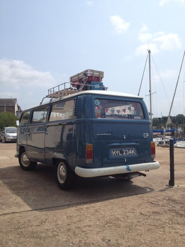 1971 Classic RHD Bay Window walk through Campervan For Sale (picture 4 of 4)