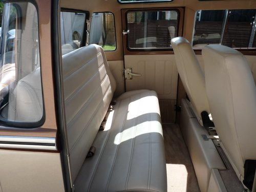 1960 VW Splitscreen Crew Cab, Custom, show truck For Sale (picture 6 of 6)