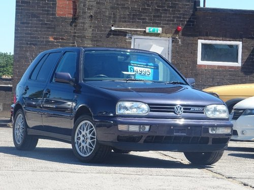 1997 Volkswagen Golf 2.8 VR6 5dr LOW MILEAGE FRESH IMPORT AUTO For Sale (picture 1 of 6)