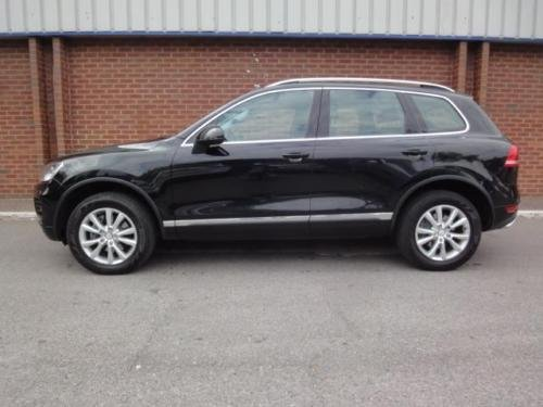 2010 VOLKSWAGEN TOUAREG 3.0 V6 TDI 240 SE 5dr Tip Auto  For Sale (picture 2 of 6)