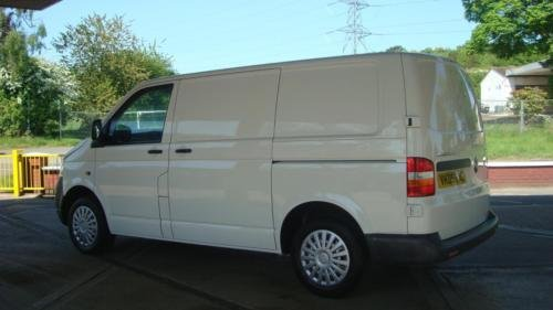 2009 VOLKSWAGEN TRANSPORTER 1.9 TDI PD 102PS SWB Van 99,000  For Sale (picture 4 of 6)