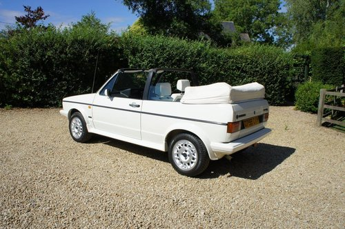 1987 VWGolf GTi Convertible Special 'All White' Edition 21k  For Sale (picture 2 of 6)