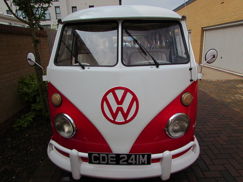1974 VW Split screen 15 window Kombi (Converted) For Sale (picture 2 of 6)