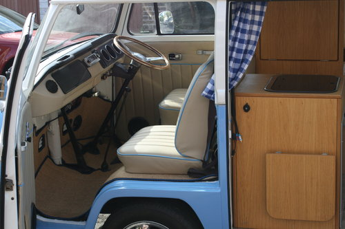 1969 VW  type 2 Bay window  camper van R.H.D. For Sale (picture 3 of 6)