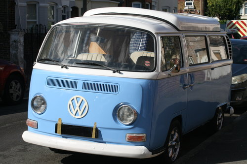 1969 VW  type 2 Bay window  camper van R.H.D. For Sale (picture 4 of 6)