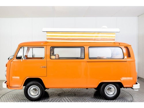 1975 Volkswagen T2 Camper Devon only 31000 km! For Sale (picture 3 of 6)