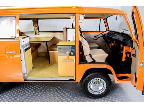 1975 Volkswagen T2 Camper Devon only 31000 km! For Sale (picture 4 of 6)