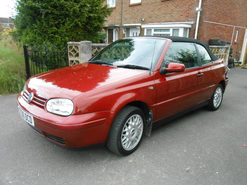 1998 Volkswagen golf cabriolet 2.0 ltr For Sale (picture 1 of 6)