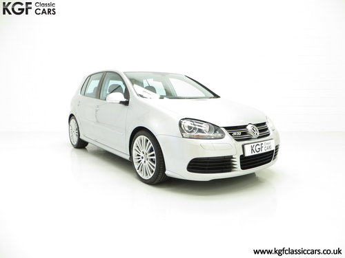 2006 A Phenomenal Volkswagen Golf 3.2 V6 R32 with 25,605 Miles  SOLD (picture 1 of 6)