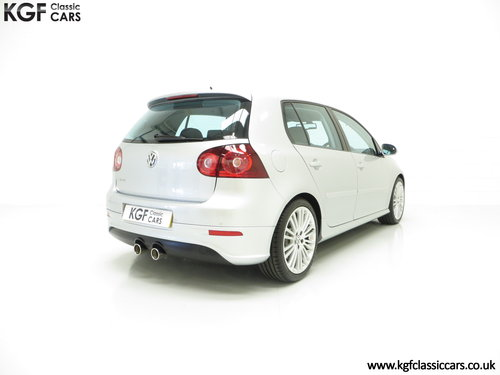 2006 A Phenomenal Volkswagen Golf 3.2 V6 R32 with 25,605 Miles  SOLD (picture 5 of 6)