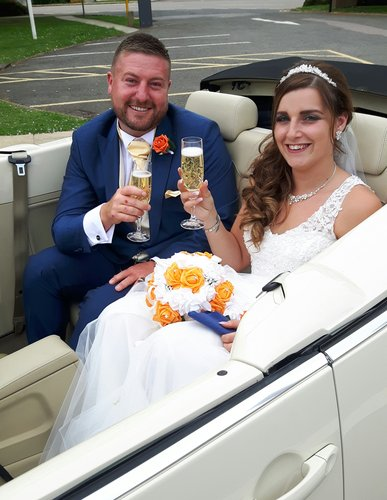 2007 LEICESTER WEDDING CARS VW Beetle convertible For Hire (picture 2 of 6)