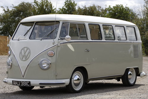 1965 VW Microbus Splitscreen 13 Window. For Sale (picture 1 of 6)