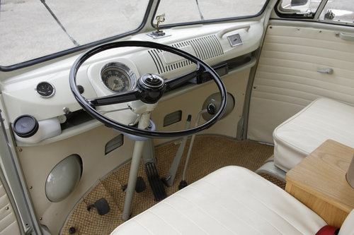 1965 VW Microbus Splitscreen 13 Window. For Sale (picture 3 of 6)