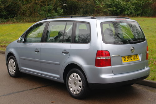Volkswagen Touran 1.9 TDi S.. 7 Seats.. 6-Speed Manual SOLD (picture 5 of 6)