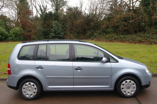 Volkswagen Touran 1.9 TDi S.. 7 Seats.. 6-Speed Manual SOLD (picture 6 of 6)