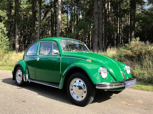 1972 Volkswagen Beetle 1300 - under 16k miles from NEW - Stunning SOLD (picture 1 of 6)
