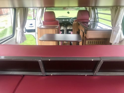 Excellent Condition 1973 Bay VW CamperVan For Sale (picture 5 of 6)