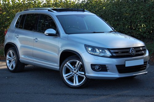 2014 VW Tiguan 2.0 TDi BMT R Line 177 5dr DSG NAV For Sale (picture 1 of 6)