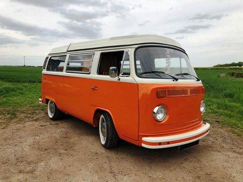 1975 Volkswagen T2 bay window pop top campervan SOLD (picture 1 of 6)