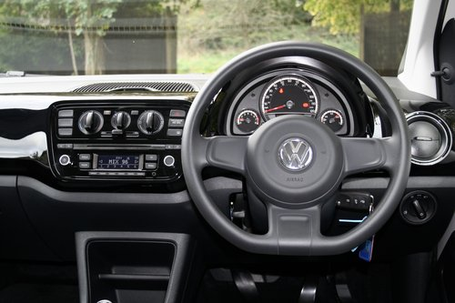 2016 (16) Volkswagen Up! 1.0 Move Up For Sale (picture 5 of 6)