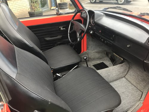 1973 KARMANN CONVERTIBLE BEETLE (74,000 MILES) For Sale (picture 2 of 5)