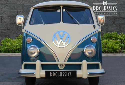 1966 Volkswagen 21-Window Deluxe Micro Bus (LHD) For Sale (picture 3 of 6)