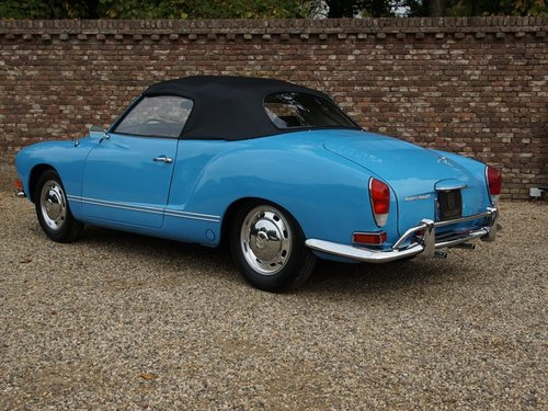 1970 Volkswagen Karmann Ghia Convertible restored condition For Sale (picture 2 of 6)