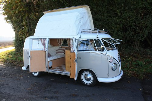 VW T1 Split Screen Camper Van / Bus Purchasing Service.  For Sale (picture 1 of 6)