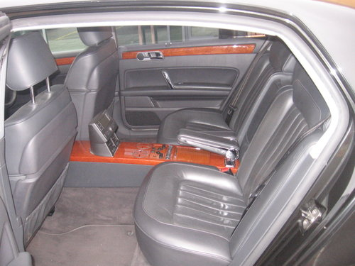 2005 VOLKSWAGEN PHAETON LWB V10  Reg # UNV 3  For Sale (picture 3 of 6)