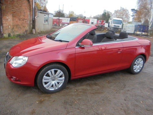 2007 CONVERTIBLE V/W EOS 2LTR FSI PETROL ENGINE 07 PLATE 75,000 M For Sale (picture 1 of 6)