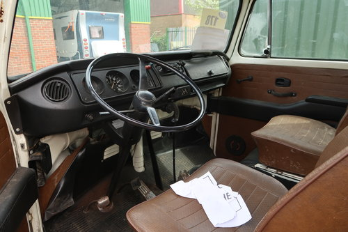 1997 1977 Restoration Project VW Late Bay Microbus LHD sunroof For Sale (picture 6 of 6)