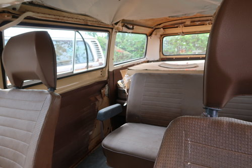 1978 Restoration Project VW Late Bay Microbus LHD Auto For Sale (picture 5 of 6)