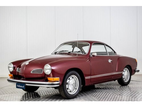 1974 Volkswagen Karmann Ghia Coupe Stick Shift For Sale (picture 1 of 6)